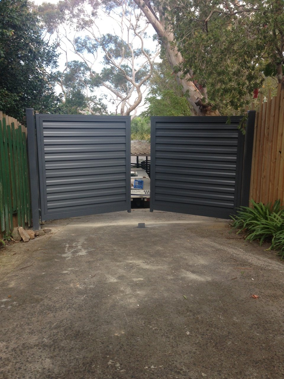 Automatic Swinging Colourbond Gates Sydney