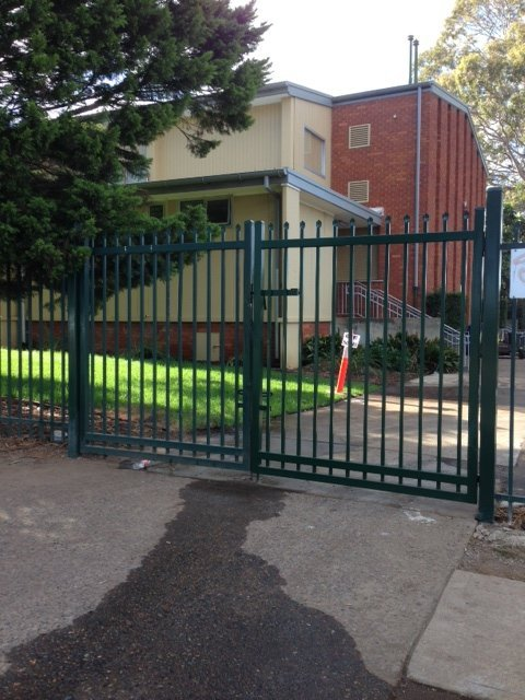 Commercial automatic swing gate spear top Sydney