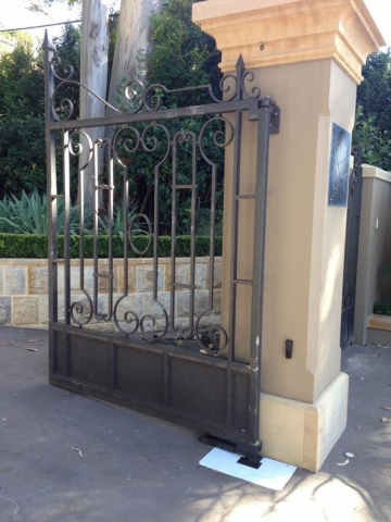 Automatic swing gate refurbishment Bellevue Hill, Sydney